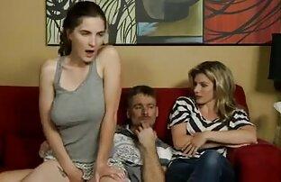 sexo nudistas teniendo sexo casero en la cama