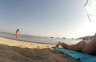 Atrapamos a dos putas y ahora es parejas maduras follando en la playa el momento de divertirnos